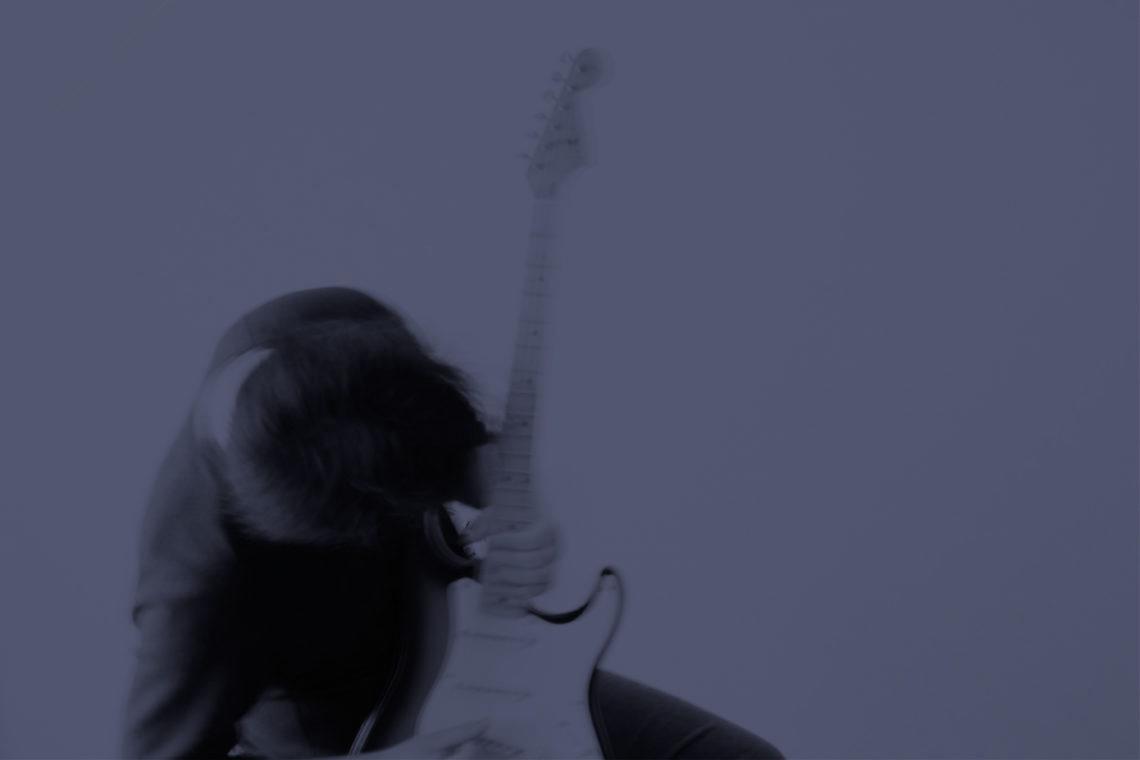 「誰よりも音楽で人の心に寄り添う、THE BACK HORN・菅波栄純が描く世界」のアイキャッチ画像